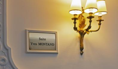 plaque yves montand.jpg